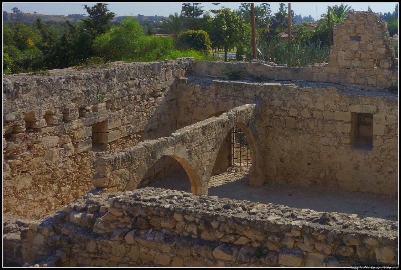 Внешние укрепления замка