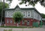 Просто здание, каких не мало сохранилось с позапрошлого века.