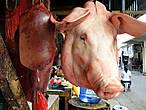 Филиппинцы в общей своей массе — мясоеды. Вегетарианцы среди них не попадались. Сколько пробовала свинину в блюдах, мне понравилось — умеют готовить...