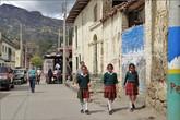 Как и в Перу, у колумбийских школьников форма обязательна, и у каждой школы она своя
