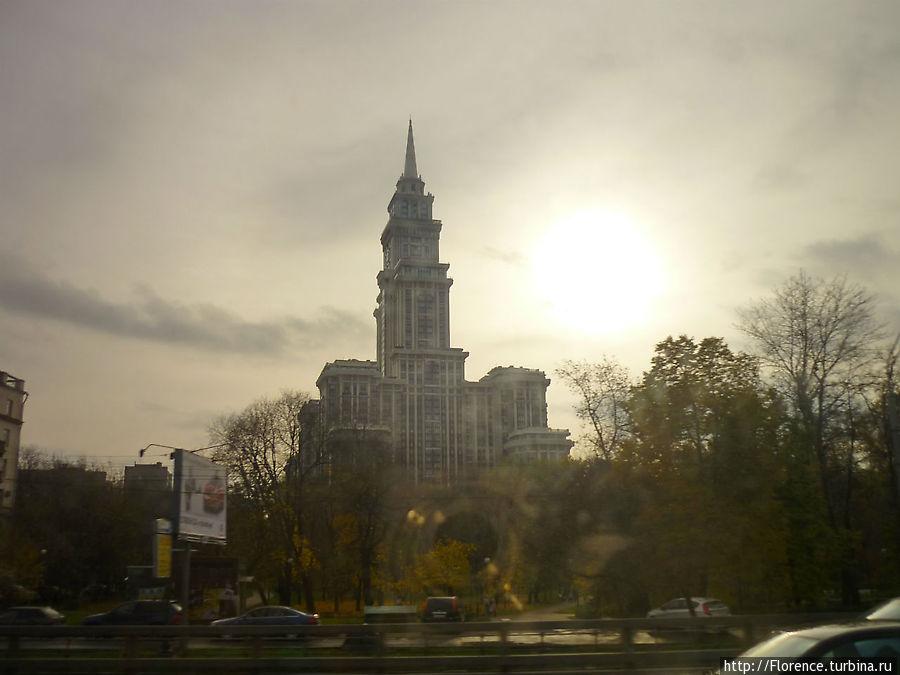 Триумф-Палас, Ленинградский проспект