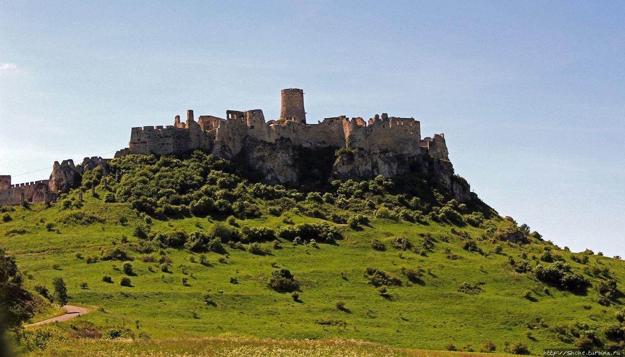 В чистом поле Град стоит... Spišsky hrad ( ЮНЕСКО 620-001)