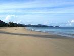 Вид на Карон с отельного пляжа