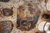 Потолочная фреска Чудо лактации Карла Хофрайтера. Смысл ее в том, что Дева Мария — кормящая мать не только Христа, а и Бернара Клервосского и всего человечества.
