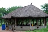 Бунгало кухня-столовая в кемпинге Серенгети