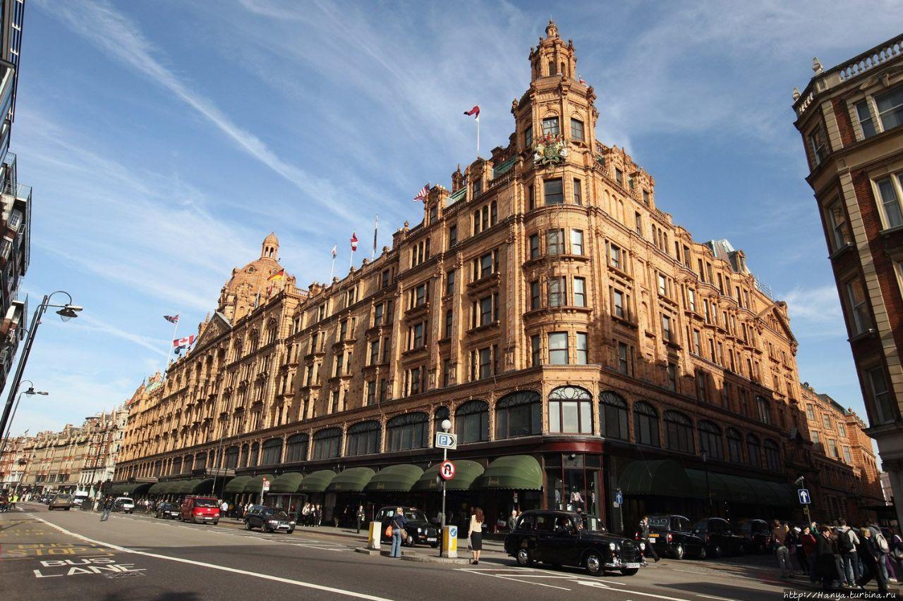 Магазин Harrods в Лондоне