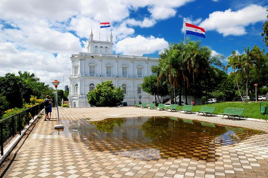 Дворец Лопеса