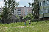 А это уже считаются новые районы Петрикова с многоэтажными панельными домами, их не так много, но они есть..