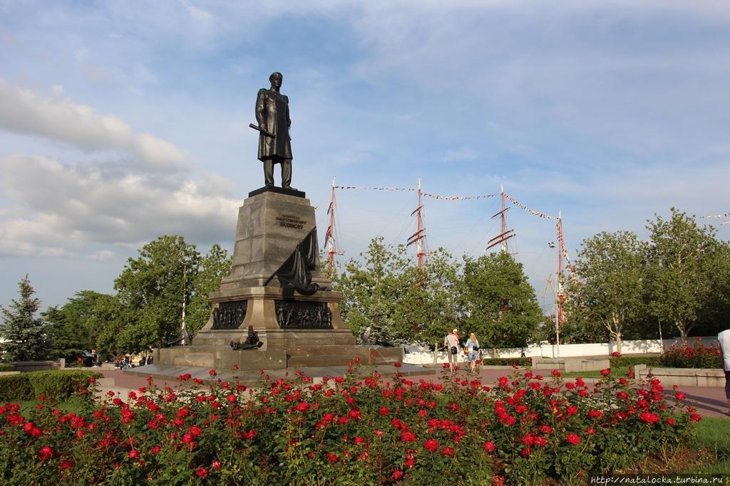 Славный город Севастополь — город русских моряков. Севастополь, Россия