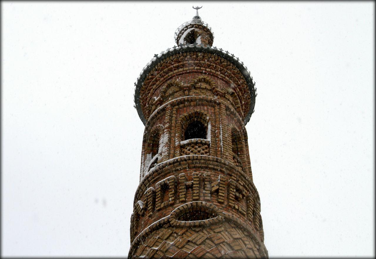 Истаравшан — город, где был ранен Александр Македонский Ура-Тюбе, Таджикистан