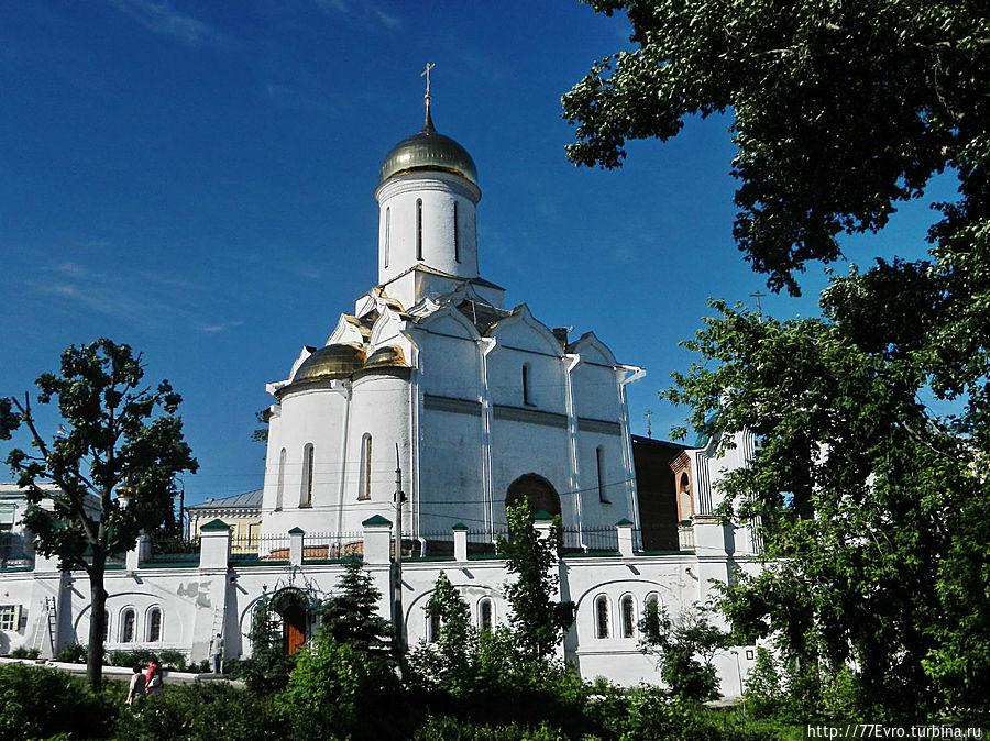 Где находится свято троицкий храм в 29