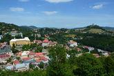 вид на город и Калвиарень- так называемый 3-й замок города