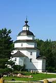На обратном пути мы осмотрели церковь Ильи Пророка на Цыпинском погосте на берегу Ильинского озера.
