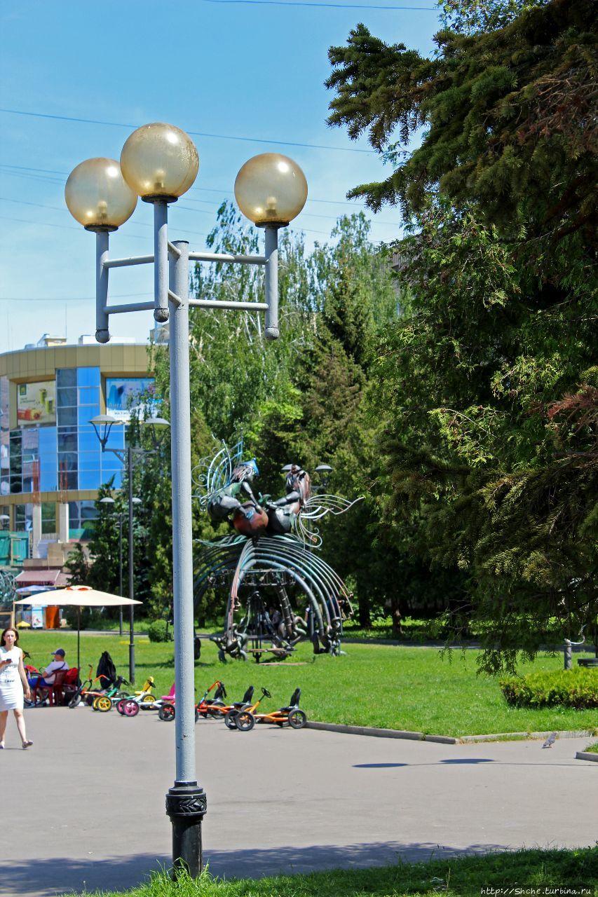 Ровно, Украина