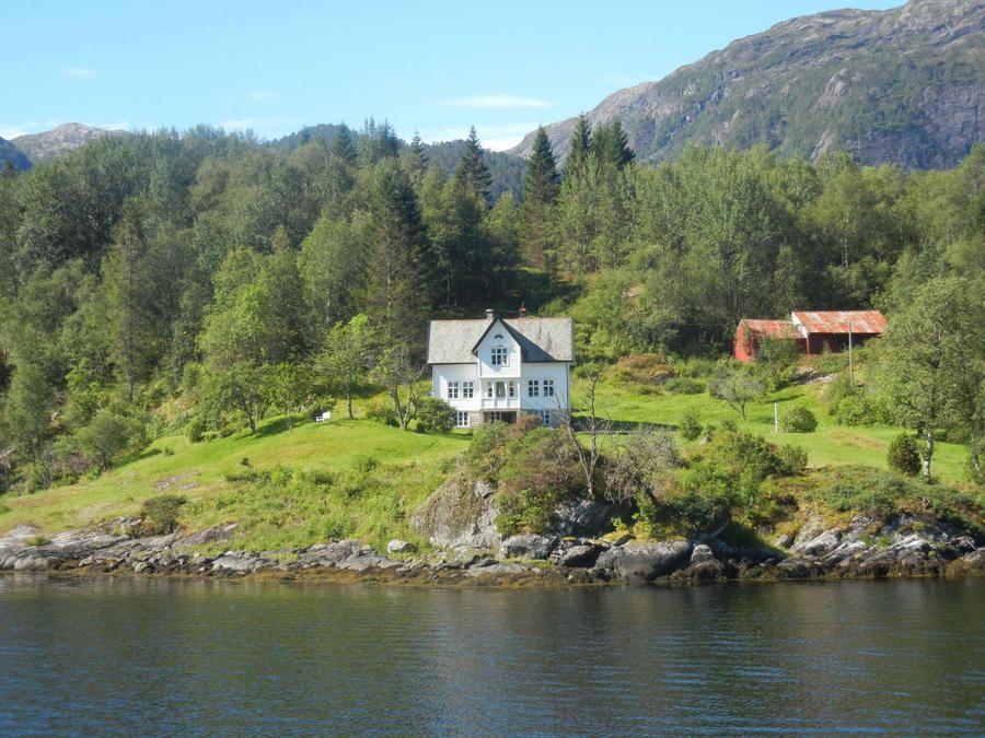 Остер-фьорд. Теперь я знаю как выглядит домик моей мечты.