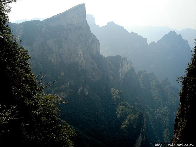 Тяньмэньшань (Горы Небесн