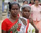 Многие тамилки предпочитают красный цвет