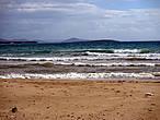 Неспокойно синее море...