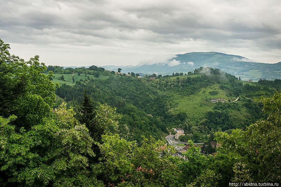 Пейзажи вокруг Урбино не менее замечательны Урбино, Италия