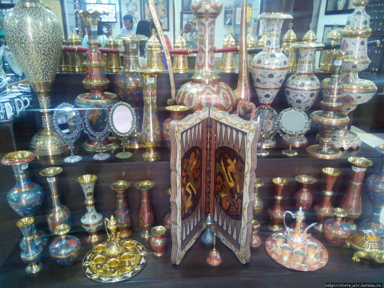 магазин сувениров  вдоль ТрансИорданской трассы - Петра, Иордания