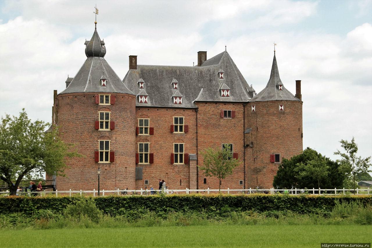 Средневековый замок Аммерсоен