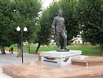 Памятник Герою Советского Союза С.И.Гусеву
