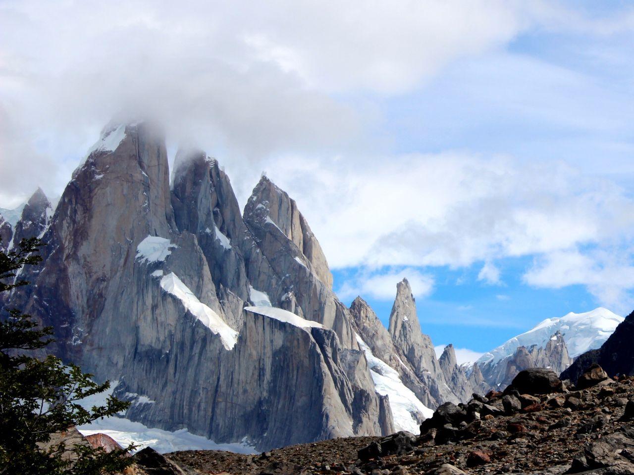 К лагуне Торре, острым пикам и ледникам