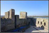 Малый град. Слева виден периметр дворца деспота, справа — зала приемов.