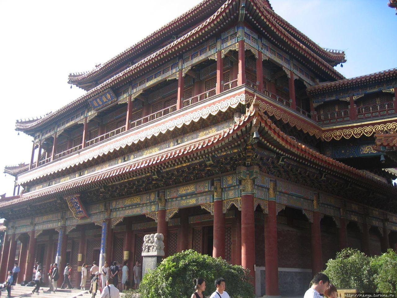 Храм Юнхэгун.  Ваньфугэ –