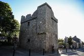 Замок Долки (Dalkey Castle, XV или XVI век) в одноимённом районе.