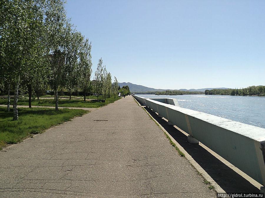Усть-Каменогорская стрелка (Усть-Каменогорск, Казахстан)