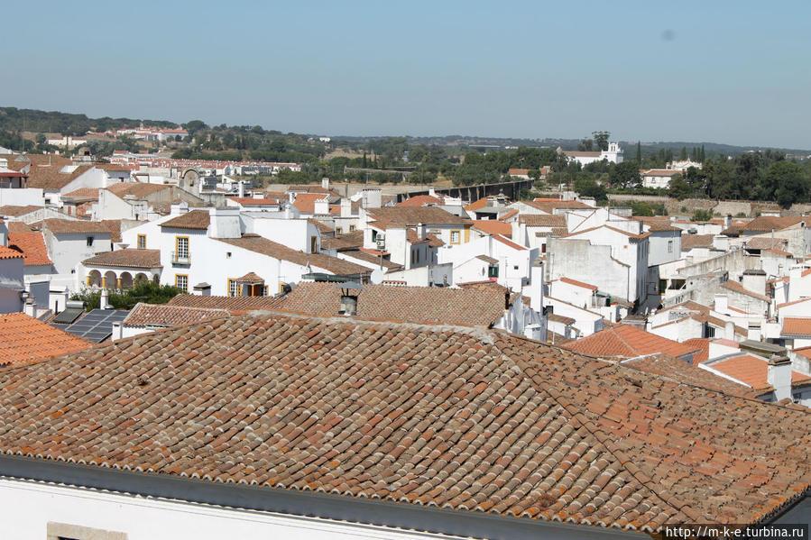Храм Дианы и все, что его окружает Эвора, Португалия