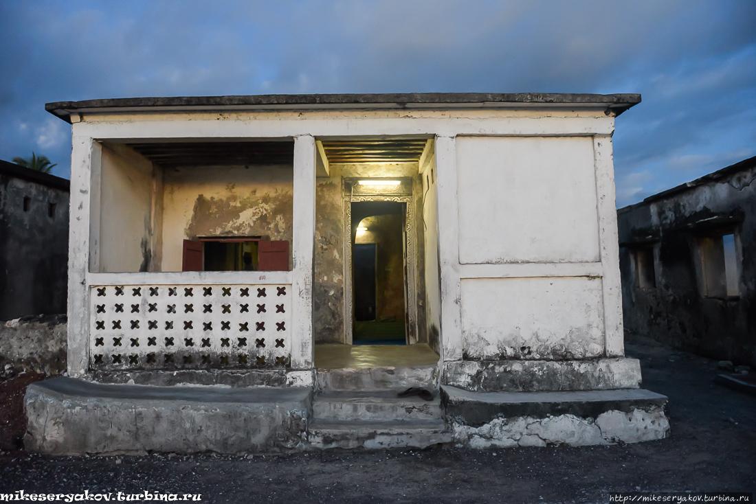 Столица Коморских островов Морони, Коморы