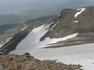 Ложбина между Кучук-Хасан и Биюк-Хасан