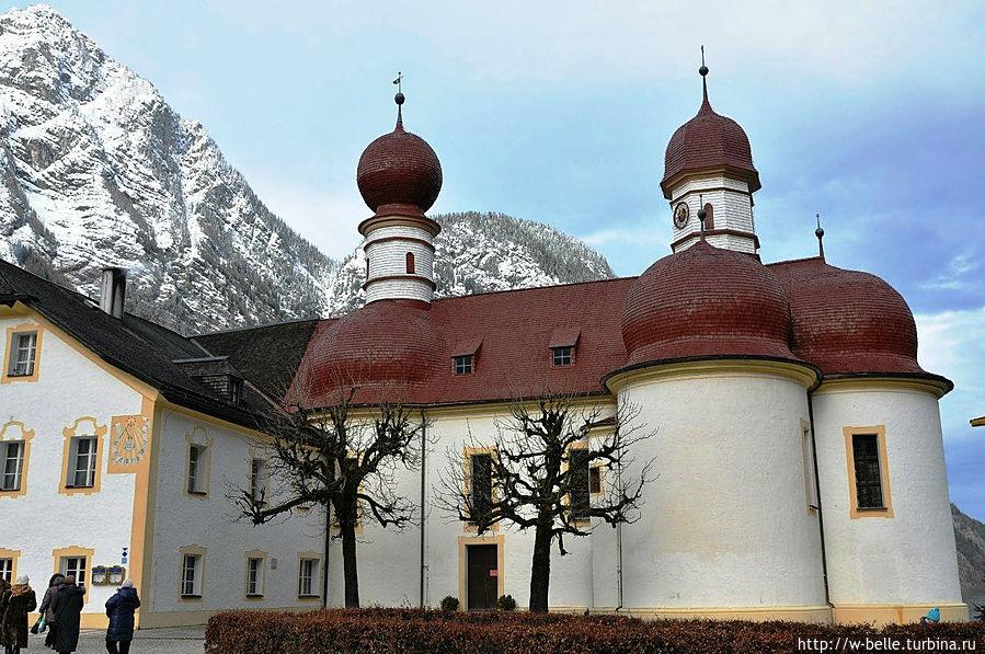 Церковь Св. Варфоломея.