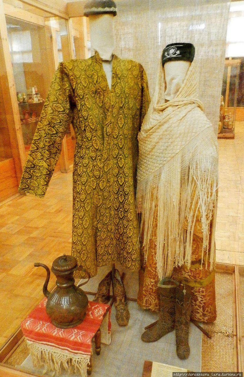 Традиционный костюм нижегородских татар.