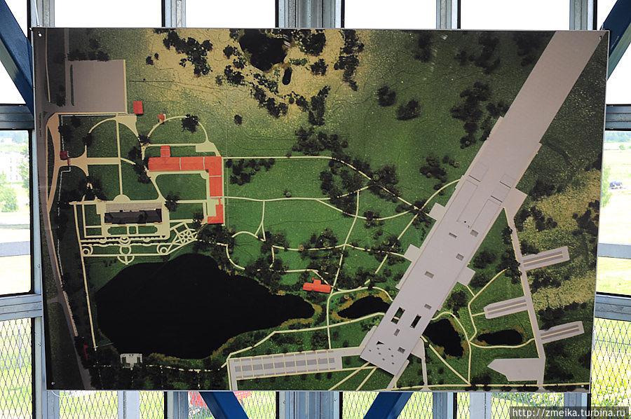 Общий вид исторической части парка + проект нового здания музея (серое диагональное здание)