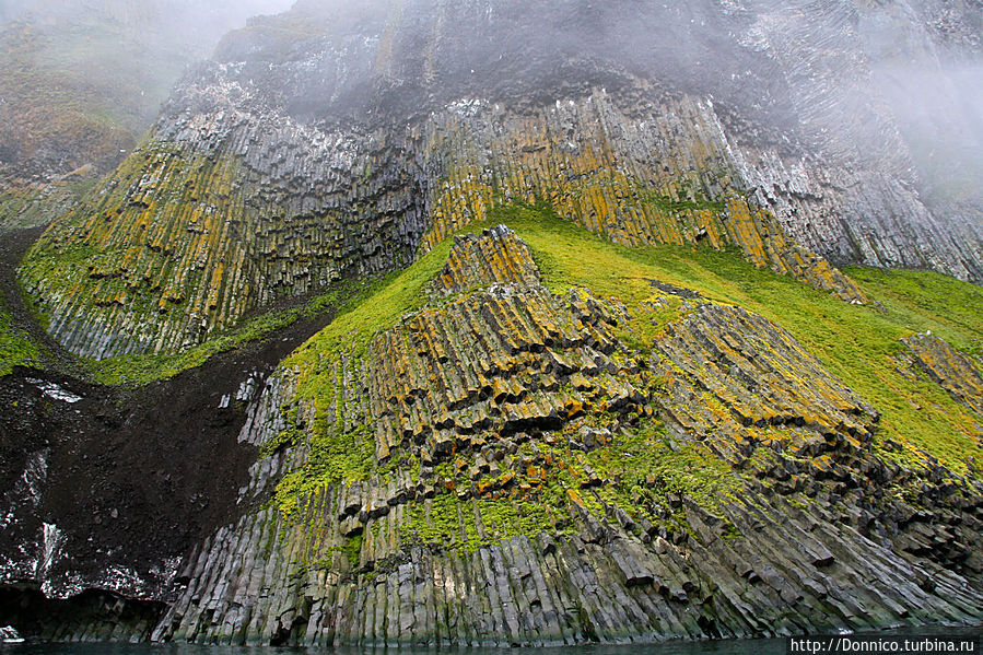 Скала Рубини: Арктическая опера Земля Франца-Иосифа архипелаг, Россия