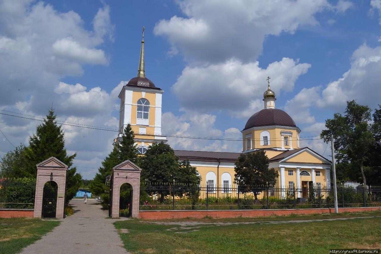 Вознесенский храм сохранился,а Святой Животворящий Крест нет