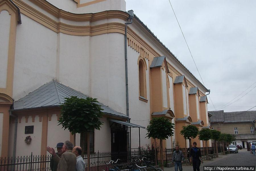 Церковь реформаторов Берегово, Украина
