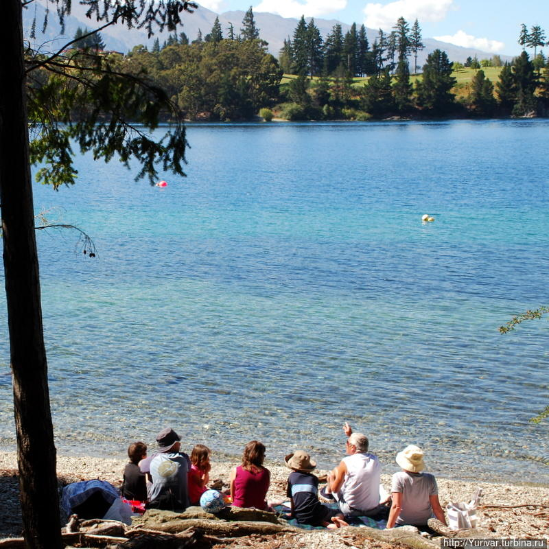 Релакс на озере Вакатипу Квинстаун, Новая Зеландия