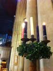 Адвентный венок — зажигается по одной свече в каждое воскресенье рождественского поста. Первая — за Патриархов (Авраам, Исаак, Иаков), вторая — за пророков (Моисей, Илия, Исайя и другие), третья — за Иоанна Предтечу, четвертая — за Деву Марию.