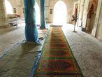 Заходим во внутрь мечети.