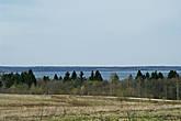 Сразу за знаком открывается замечательный вид на Чухломское озеро, однако далее ...
