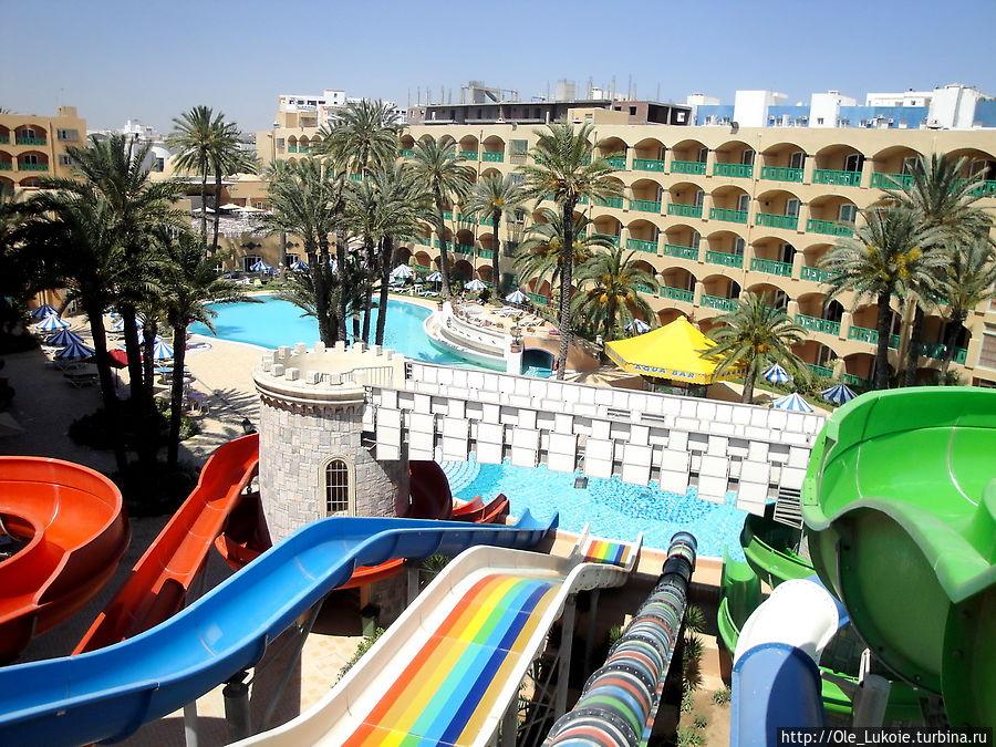 Аквапарк на территории отеля