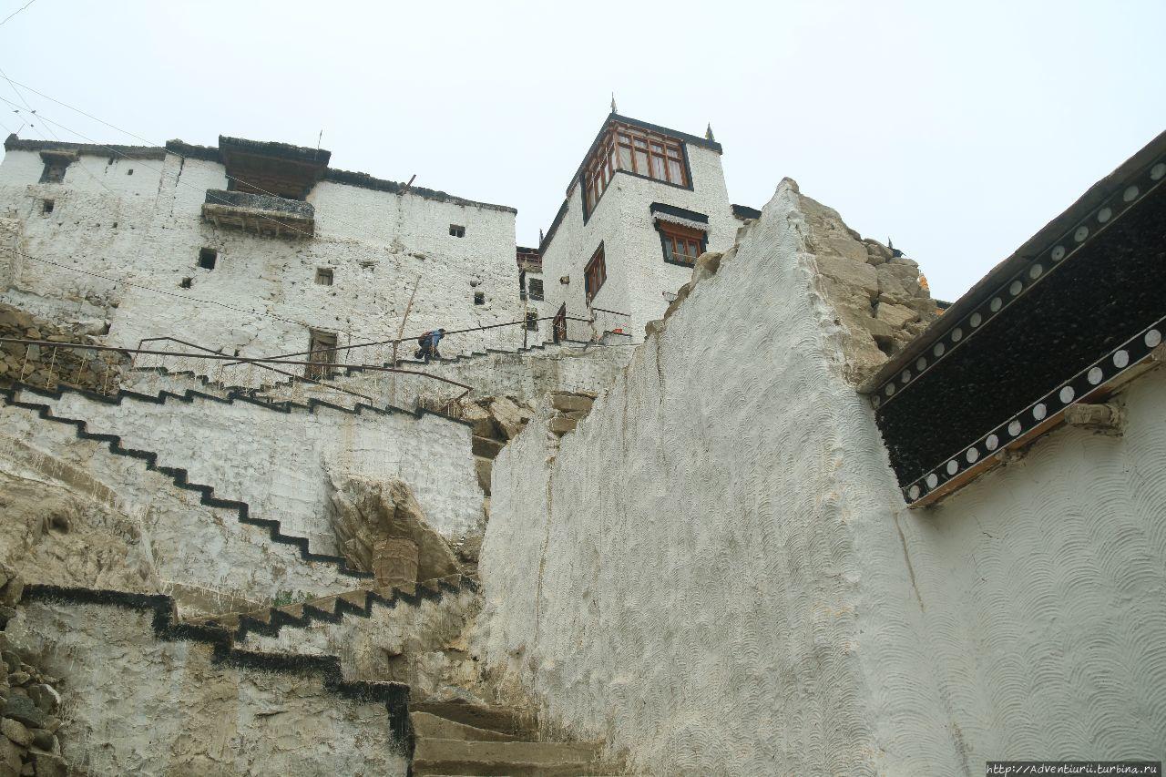 Монастырь Тикси. Манали, Индия