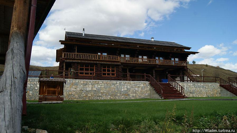 Гостевой дом, вид от озера