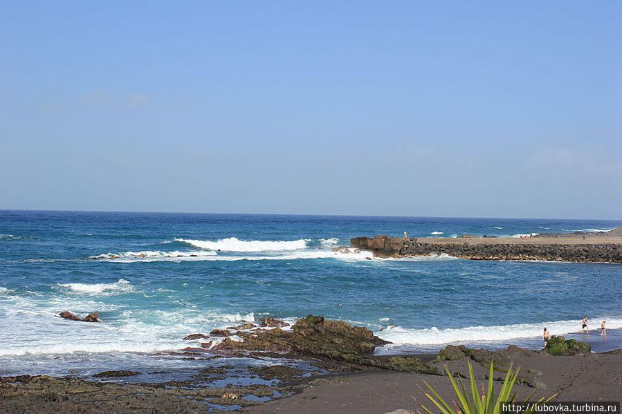 Ох, уж эти мне серо-чёрные пляжи Тенерифе Пуэрто-де-ла-Крус, остров Тенерифе, Испания