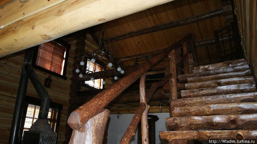 Лестница на второй этаж