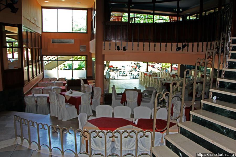 крытые залы в два ярса